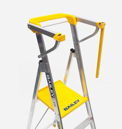 Professional 170kg Platform Step Ladders With Safety Gate